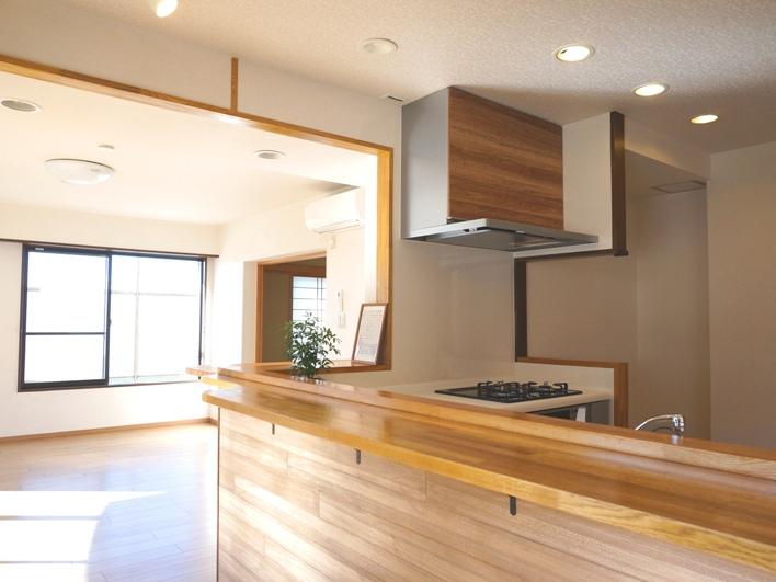 キッチンを中心とした暮らしって良いなー。