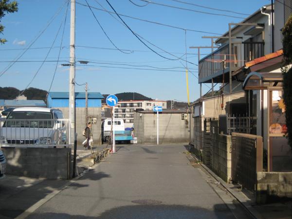 海へつながる前面道路