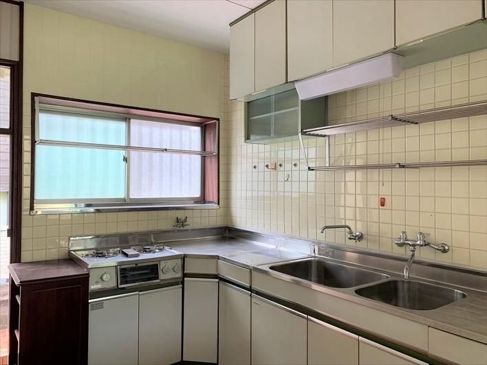 キッチンは結構しっかりスペースあり
