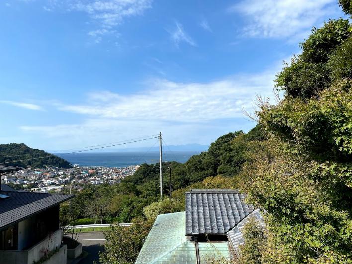 森戸神社の鳥居もみえてるんです。ナイスビュー!