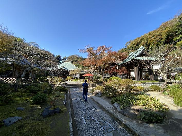 物件のすぐ近くの海蔵寺です。