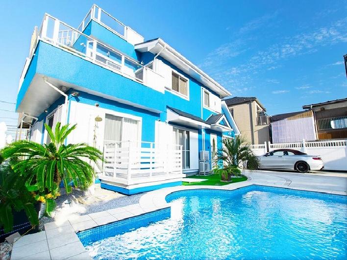 地中海をイメージしたという、こだわりのセンスある雰囲気漂う邸宅。