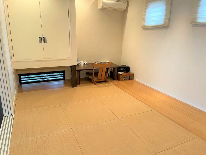 琉球タタミの和室もついてリラックスできます。