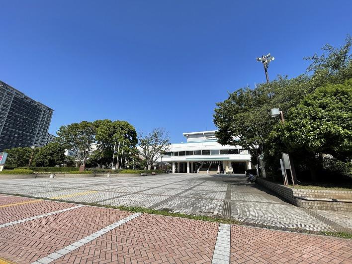 藤沢市民会館や市役所も藤沢駅近くなのでなにかと便利。