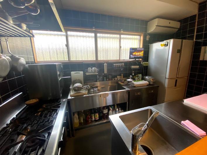 本格的な厨房機器。プロ仕様!