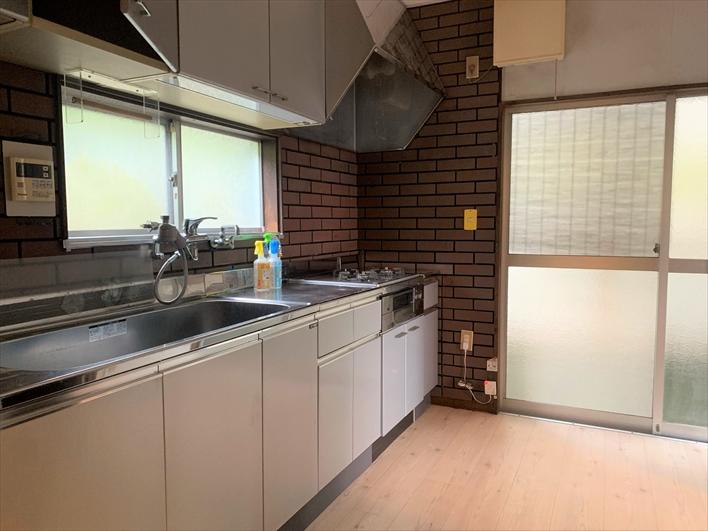 キッチン広い!料理も洗い物も捗りそう。