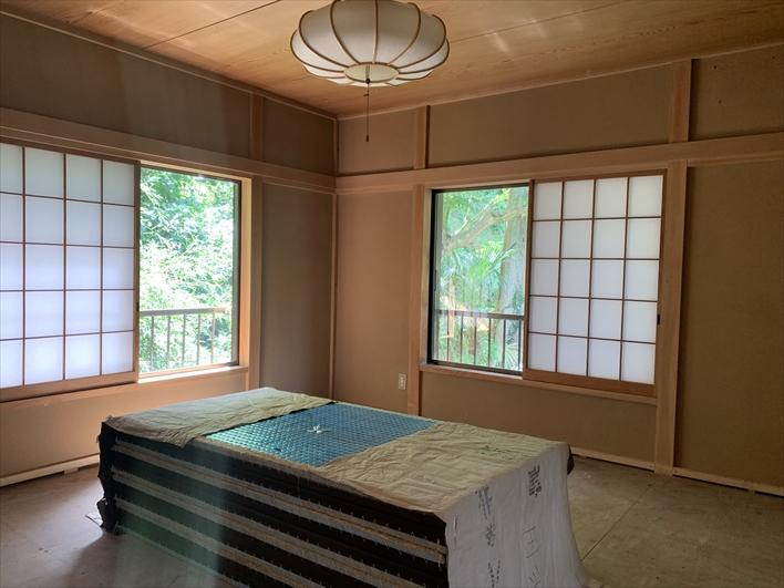 2階和室。畳はこれから新しい物が入ります。ゴロゴロしたいですね。