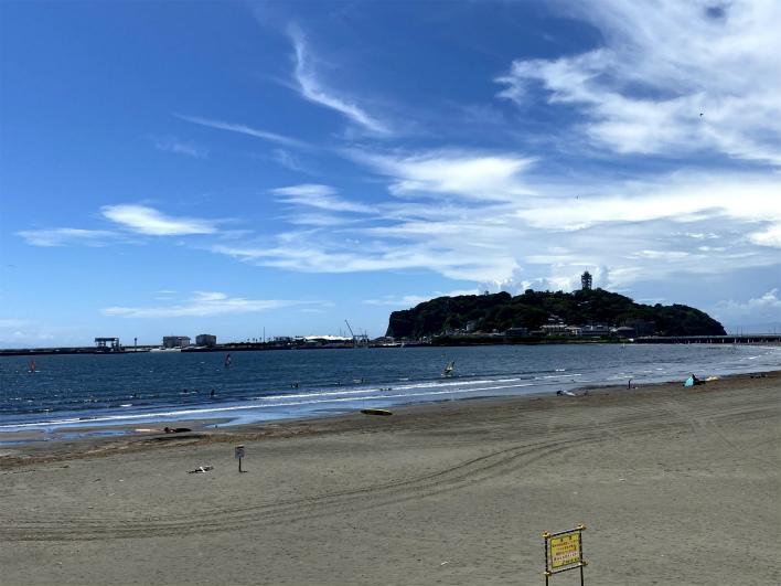 今日も江ノ島はでっかい懐で湘南LOVERを見守っております!